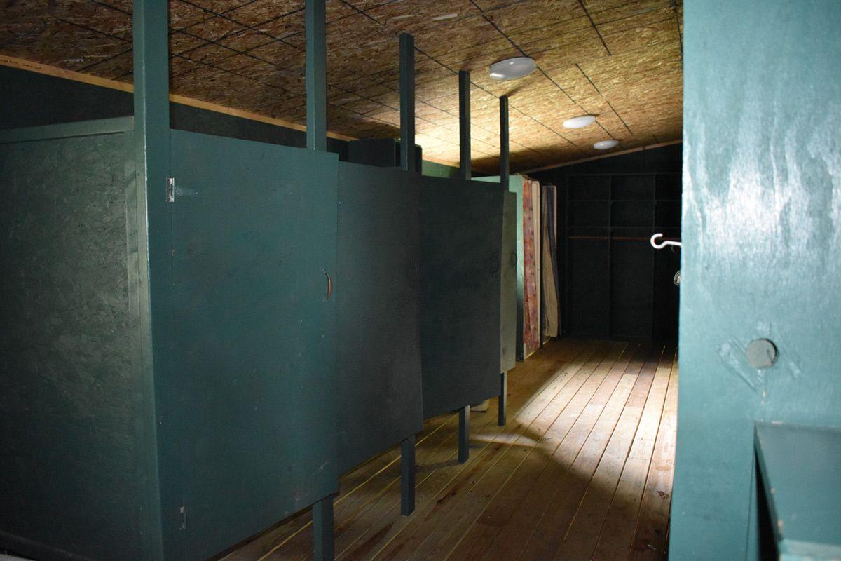 bunk shared bathroom